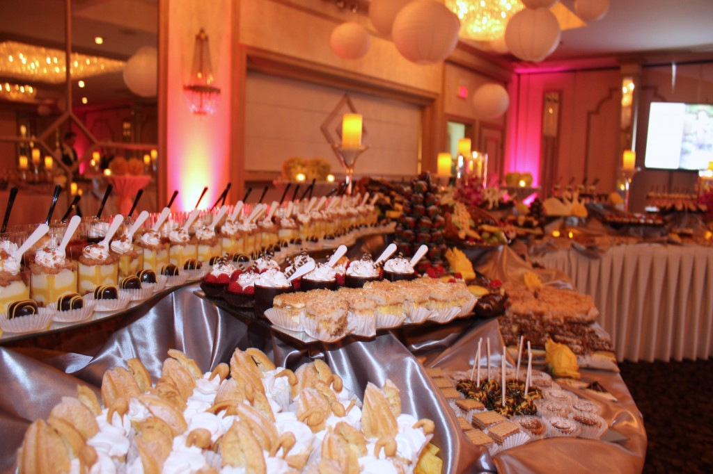 Wedding_dessert_table