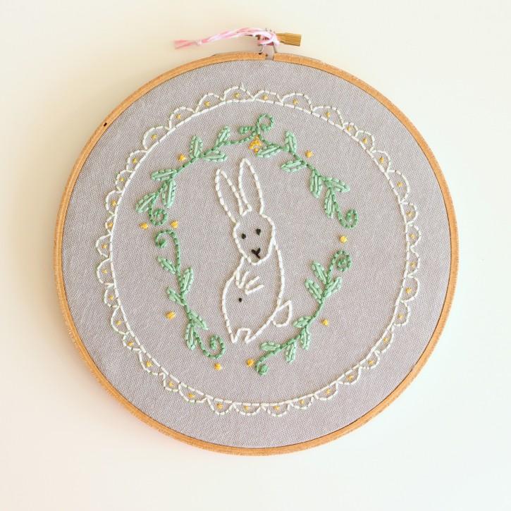 Bunny_hoop_embroidery