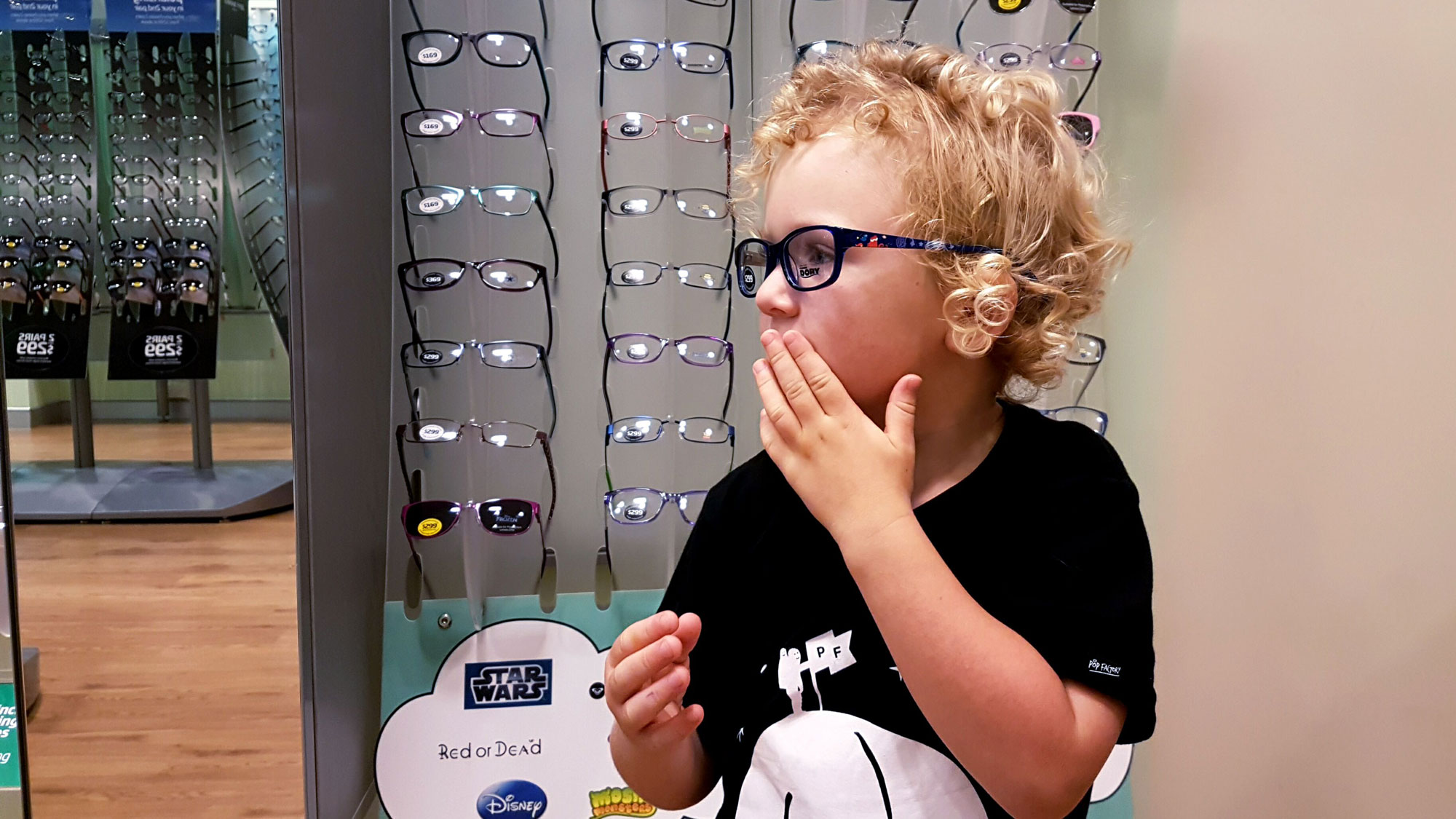 New Zealand's Top Mummy Blogger Parenting Travel Blog Family Kids Free Eye Test Specsavers